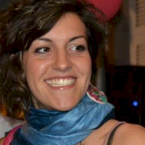 Learn Italian with Elena - Private Italian tutor in Melbourne - TUTOROO