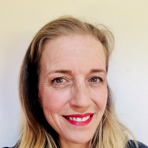 Elke - Auckland: I am Elke, an experienced language coach and ...