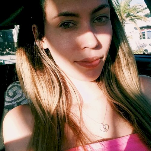 Erin - Cape Town: Hello! I am Erin from South Africa. I have b...