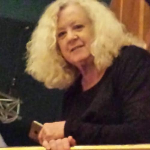 Gillian - Auckland: I'm a professional qualified English langu...