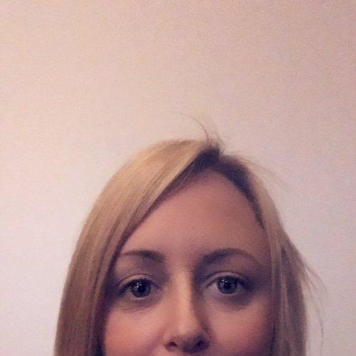 Gillian - Paris: Hi I'm Gillian, I'm originally from Scotl...