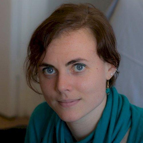 Ida - Paris: Italian native speaker and experienced teacher of...