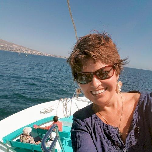 Irina - Wellington: I am Irina, a linguist/teacher of foreign ...