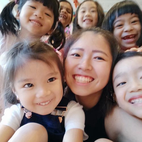 Jiayun - Chinese / Mandarin Teacher in Singapore: Hi everyone,...
