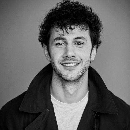 Joe - London: Hello! I'm Joe, a tutor who's just returned to t...