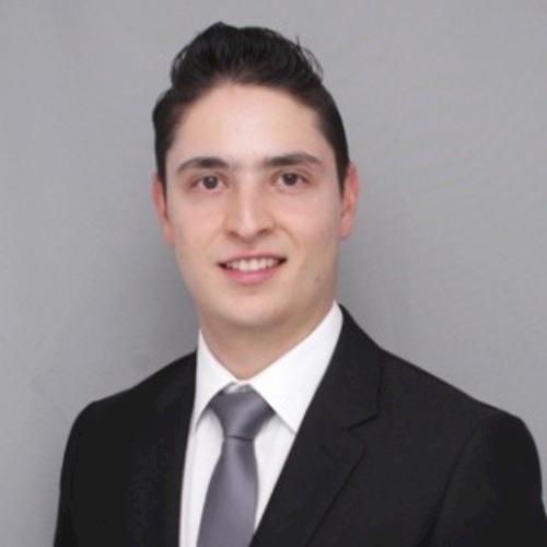 Juan Sebastian - Singapore: I am a Colombian business administ...
