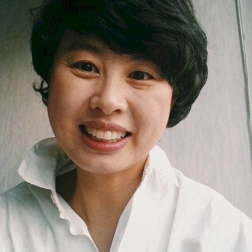 Jungran - Hong Kong: Hello! I am Rosa. I am a native Korean li...