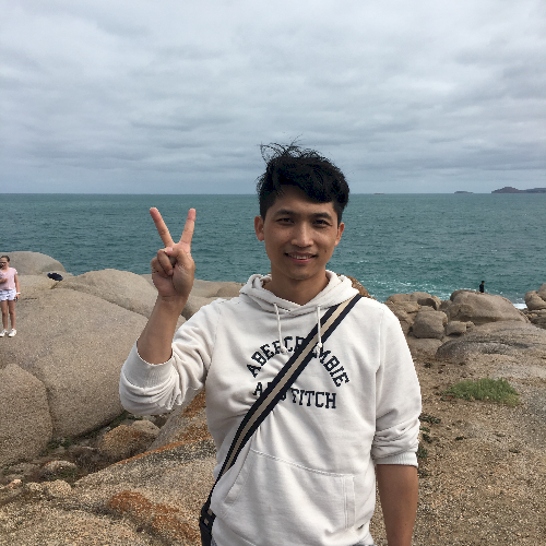 Kai - Melbourne: I'm from Shanghai, China. I'm a guitar an...