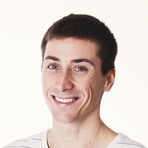 Kamil - Dubai: Hello, I am Kamil, aN easy-going person. I'm 30...