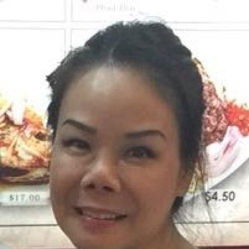 Kate - Singapore: I am a Thai teacher at language school and p...