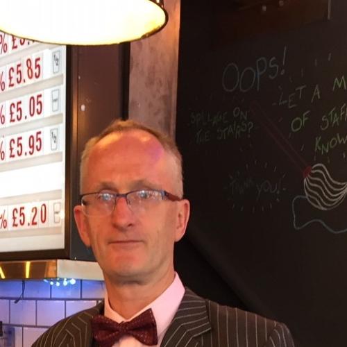 Kevin - Dublin: I am a native English speaker from Dublin, Ire...