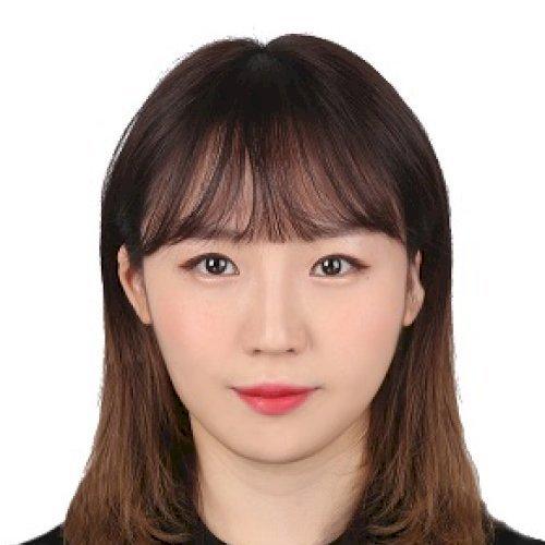 Nayoun - Hong Kong: Hello. My name is Nana and I am a Korean t...