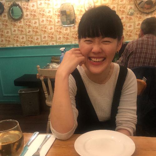 Kyoko - London: Hello everyone! I'm Kyoko from Japan. I'm fami...