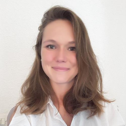 Lara - Brisbane: My name is Lara, a 25 French native speaker! ...