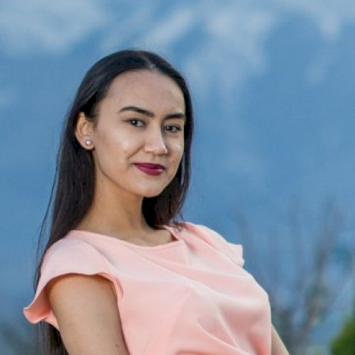 Leyli - Singapore: Hello, my name is Leyli from Turkmenistan! ...