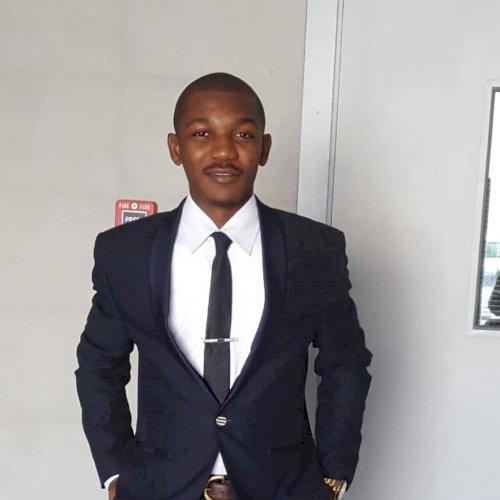 Loic - Dubai: I am Loic, a Cameroonian with perfect mastery  F...