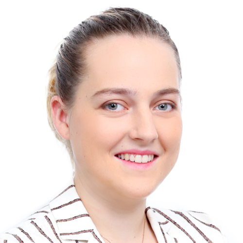 Louise - French Teacher in Singapore: Hi, I'm Louise and I�...