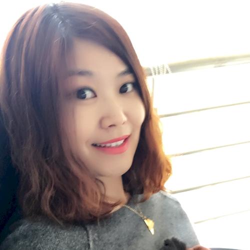 Luisa - Tel Aviv: Hi I am Luisa, licensed senior Chinese Langu...