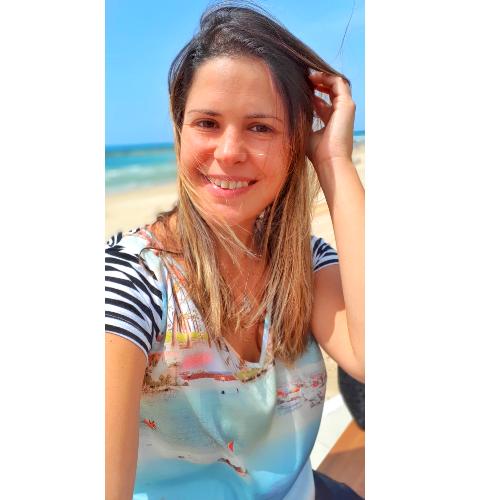 Mariana - Tel Aviv: I'm Brazilian, from Rio de Janeiro, made A...