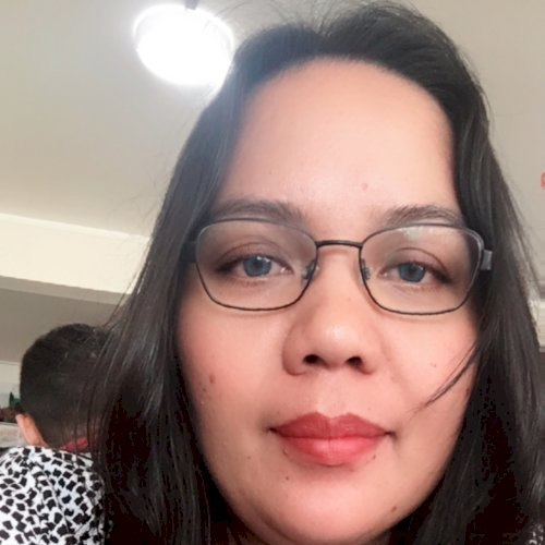 Marijean - Filipino Teacher in Auckland: I'm Marijean, willing...