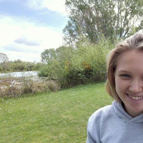 Martina - Christchurch: Hi! I am Martina. I have moved from It...