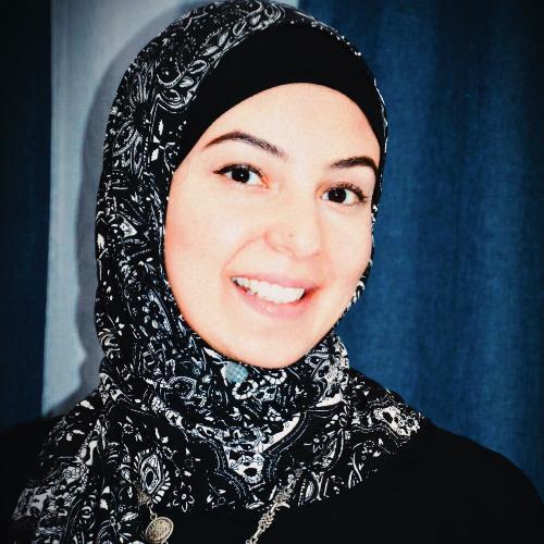 Maryam - Dubai: A 10-year experienced German teacher. Cooperat...