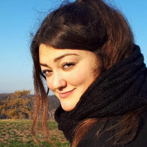 Meg - Brisbane: I am a New Zealander. I have two English teach...