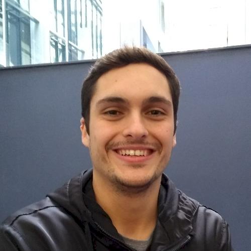 Moises - Brisbane: Hello, I am a Brazilian student living in B...