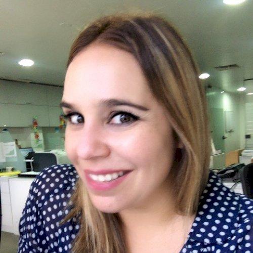 Monica - Hong Kong: Hola soy Monica y soy peruana, tengo dos m...