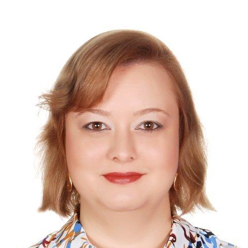 Natalie - Abu Dhabi: I'm Natalie, a native Russian-speaker wit...
