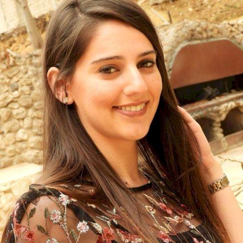 Nathaly - Sydney: I'm lebanese girl. I have 4 years experien...