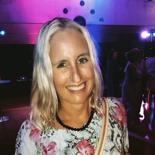 Nina - Gold Coast: Hi there! My name is Nina and I am a native...