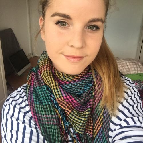 Noemi - London: I am a Spanish native speaker with advanced gr...