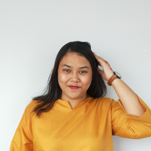 Nur Farah - Singapore: Hi! I am Farah and I teach Malay langua...