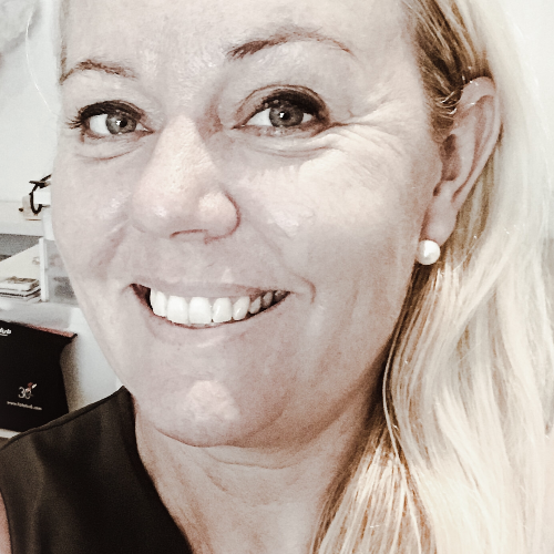 Pia - Singapore: I have been teaching Finnish in Singapore for...
