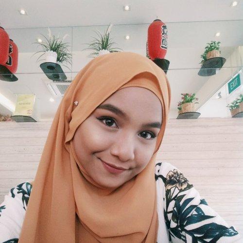 Rabiatul - Singapore: I am Rabiatul, a student. I am really pa...