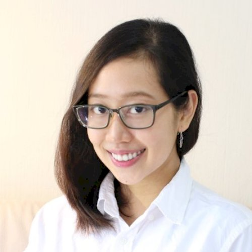 Selina - Singapore: Hello! My name is Selina from Vietnam. I h...