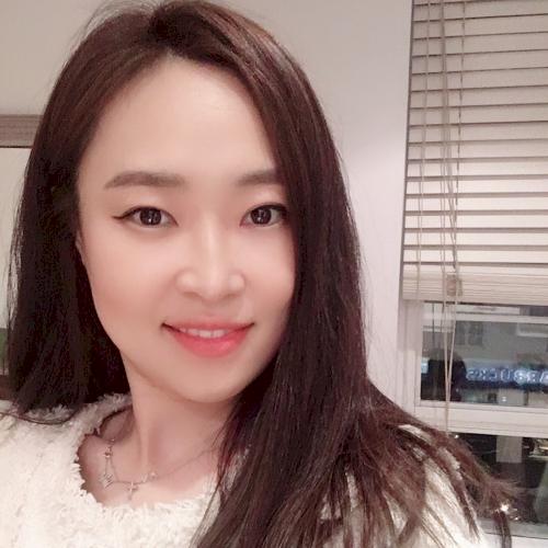 Seoyoon - Korean Teacher in City of London: Hello, I'm Kelly...