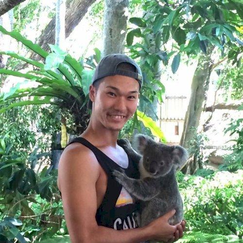 Shota - Brisbane: Hi, I'm Shota from Japan. I speak Japanese a...