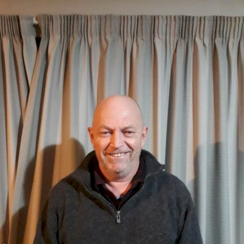 Steve - Christchurch: Hi everyone, my name is Steve. I have ex...