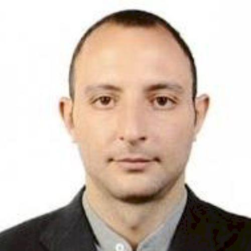 Omar - Arabic Teacher in Kuala Lumpur: I am Omar, I am from Sy...