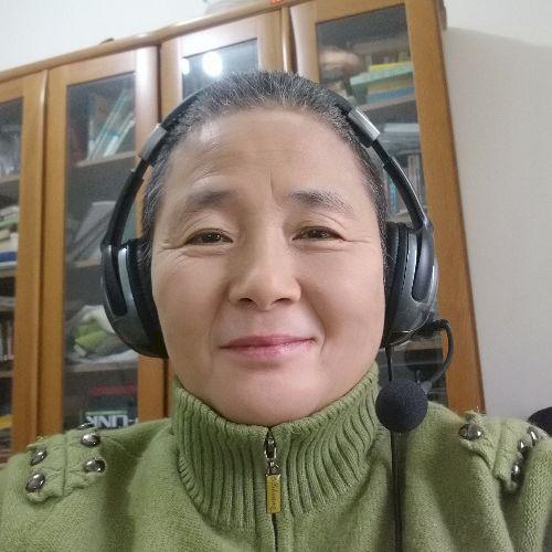 Victoria - Chinese / Mandarin Teacher in Hong Kong: I am in Zh...