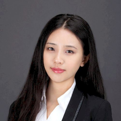 Li - Chinese / Mandarin Teacher in Singapore: I am Li from Chi...