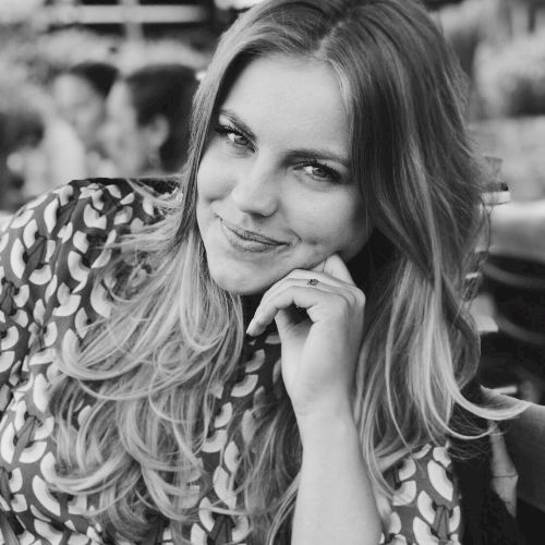 Emily - Dutch Teacher in Hong Kong: I am a fresh marketing/ co...