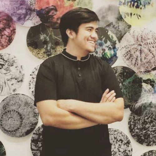 Donny - English Teacher in Jakarta: Hello! My name's Donny, bu...