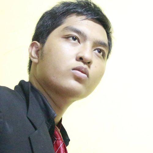Welman - English Teacher in Jakarta: My name is Welman. I'm 23...