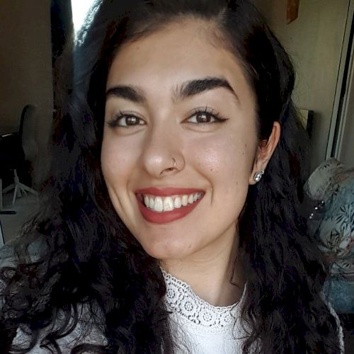 Ilaha - English Teacher in Sydney: Hi! I'm Ilaha and I offer h...