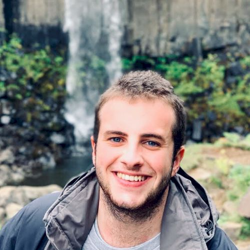 François - Singapore: I am a French student currently in Sing...