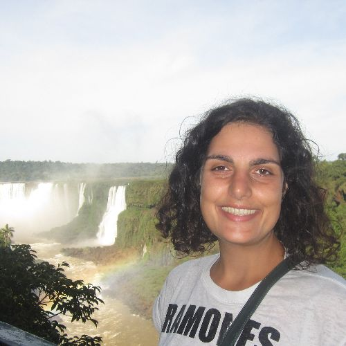 Fabiana - French Teacher in Sydney: Hi, I love traveling and l...