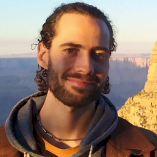 Marlon - German Teacher in Sydney: Hi everybody, I am Marlon f...